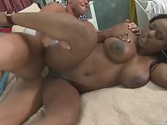Jada plays with her meaty twat before riding a fat rod!